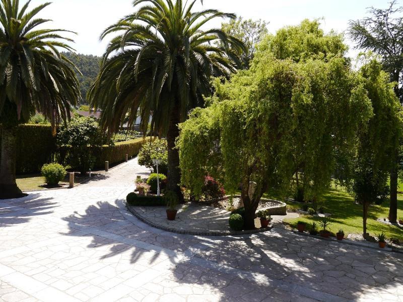 chalet 5 habitaciones, piscina y zona de jardin, alquiler de vacaciones en Vilagarcía de Arousa