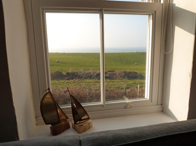 Increíbles vistas al mar se pueden disfrutar desde todas las habitaciones de la casa de campo