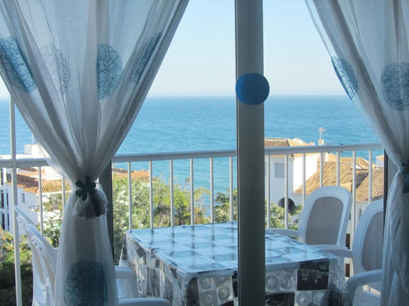 Fantastic sea view and of the Balcon de Europa!, holiday rental in Nerja