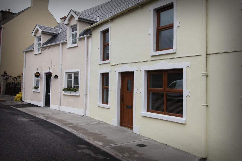 Townhouse located on Main St, Ballintra