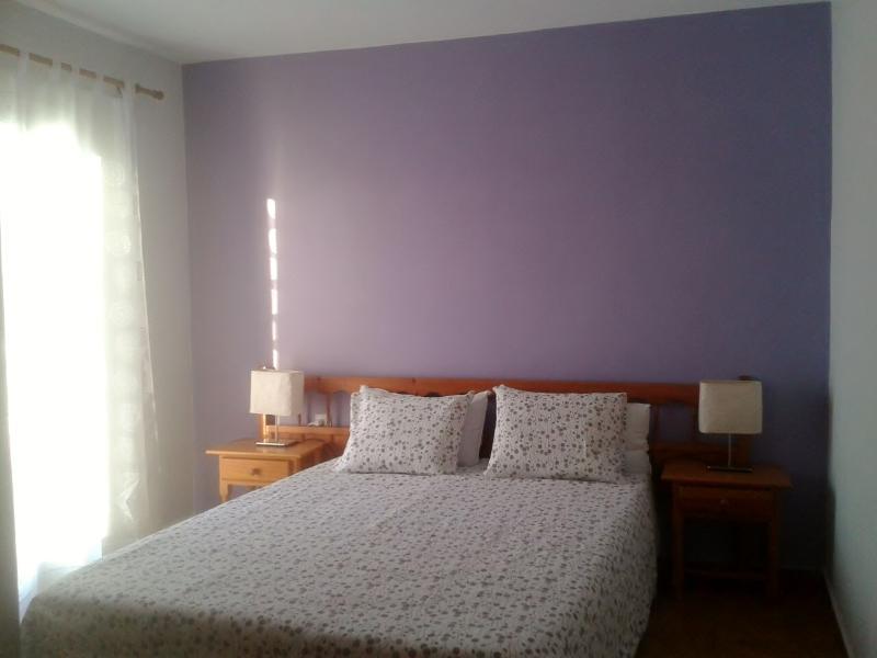 Apartamento en Puerto de Addaya con terraza privad, location de vacances à Es Grau