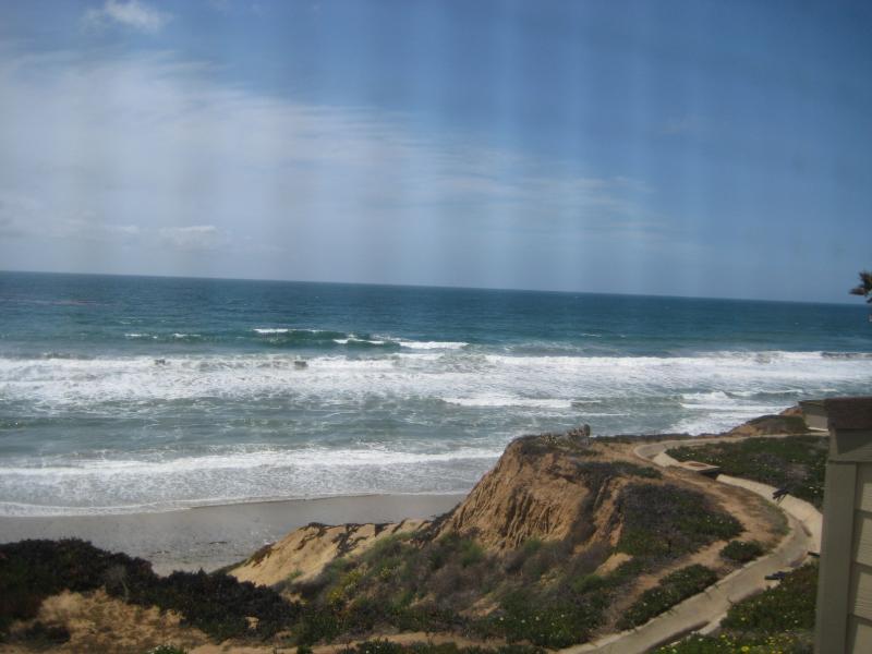 ..Ocean Front Condo with Spectacular Views, holiday rental in Encinitas