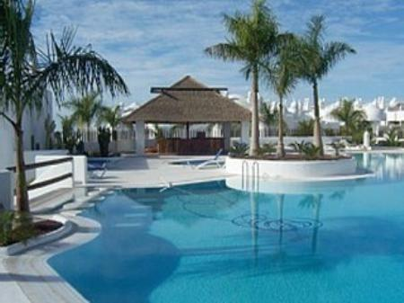 Nice flat in a wonderful complex close to the sea, vacation rental in Playa Paraiso