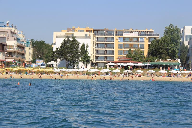 Olympia Beach Complex, holiday rental in Ravda
