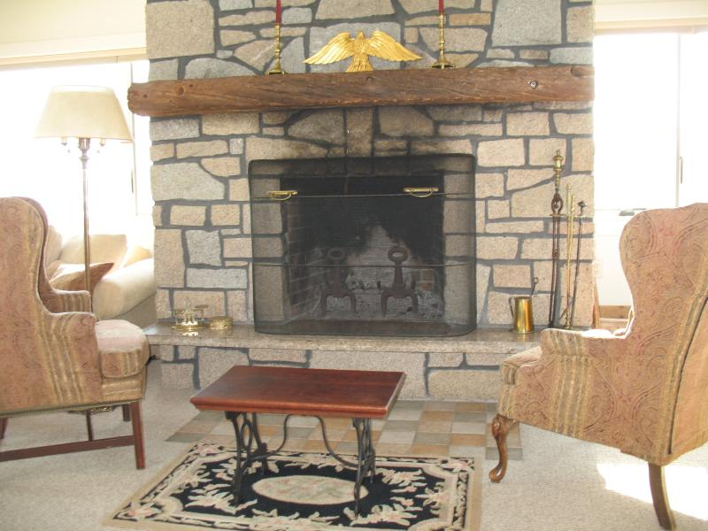 Upstairs fireplace and sitting area.