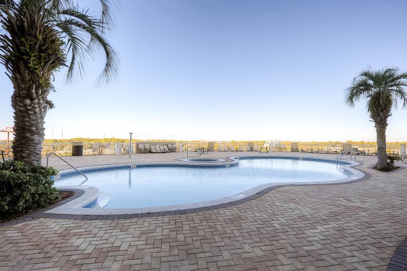 Grand Panama Beach Resort Tower II Pool