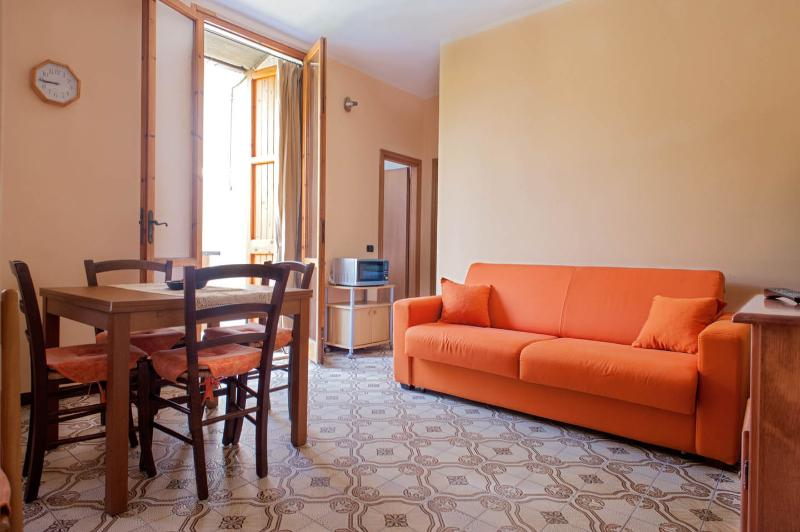 Appartamento fronte mare, holiday rental in Tirrenia