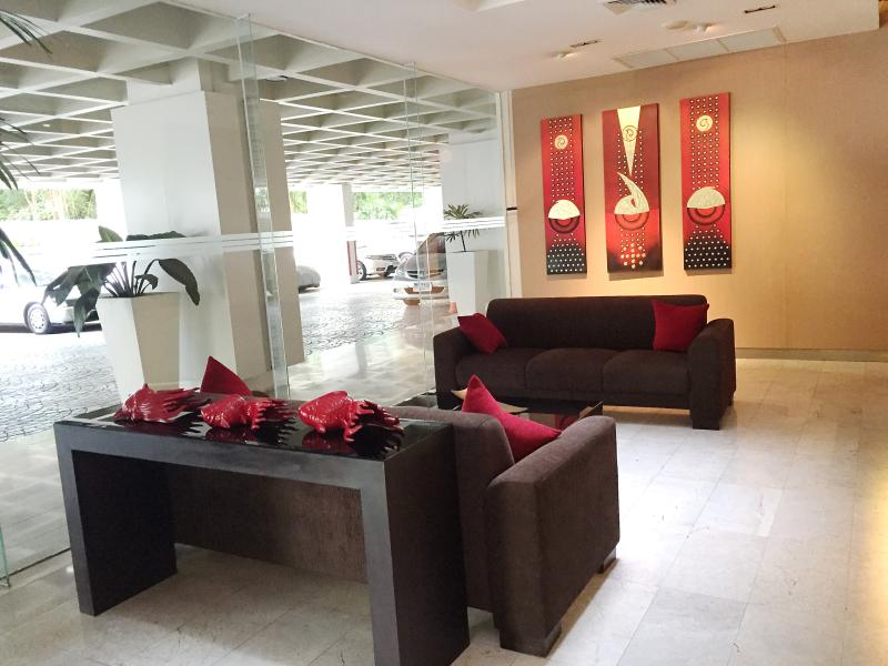 Stylish lobby with concierge service, CCTV, and 24hr security