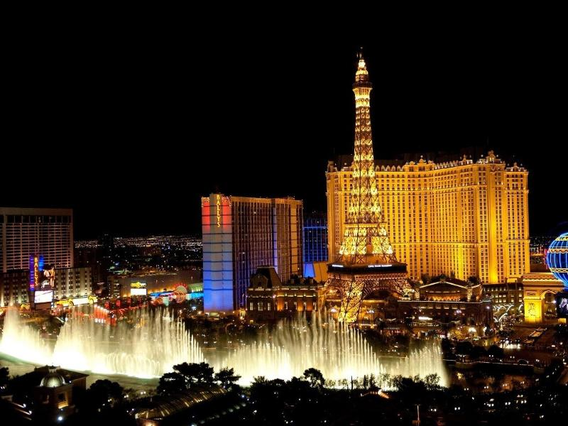 Entertainment Capital of the World. Fabulous Las Vegas Strip