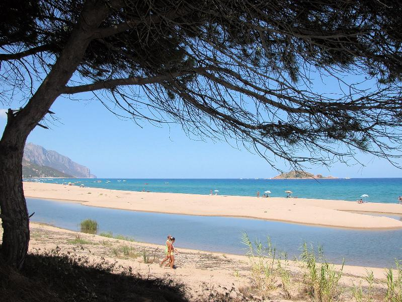 Cardedu is also a favourite seaside resort for windsurfers because of the strong sirocco winds.