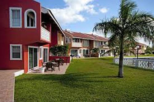 Ocean Reef Resort & Yacht Club, holiday rental in Lucayan National Park