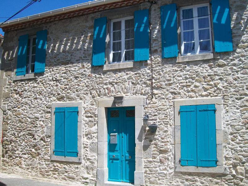 'Francais au Coeur' (French at Heart)  - early 19th c Village House  in the center of Trausse