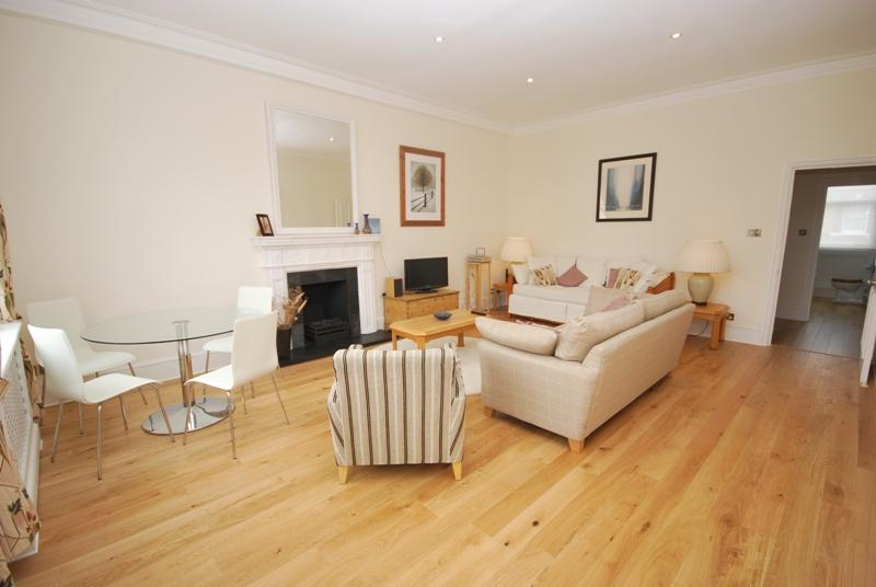 2 Bedroom Centrally Located In South Kensington Updated 2018
