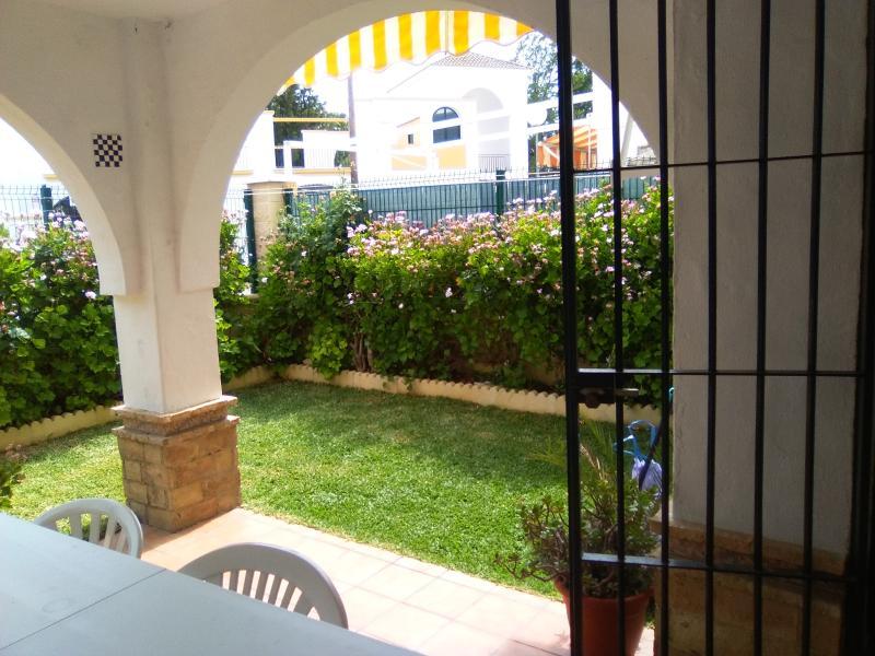 porche y jardin