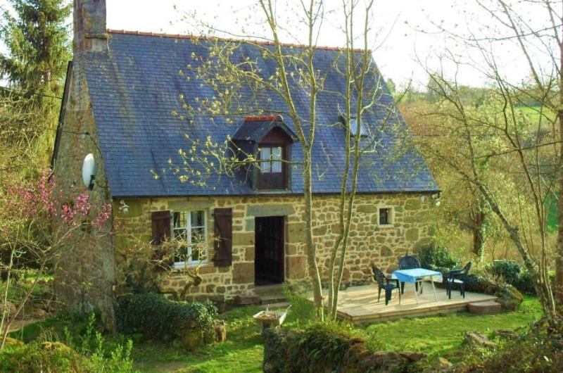 French country cottage, holiday rental in Menil-Hermei