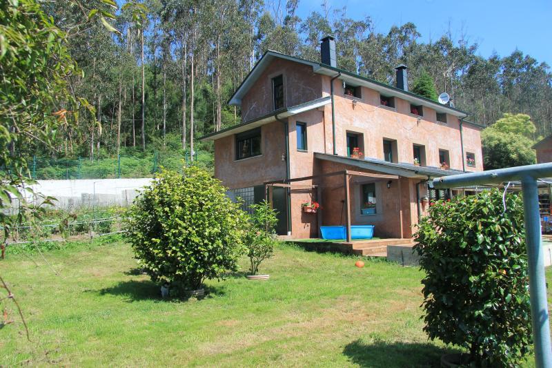 Apartamento en casa rural con encanto, vacation rental in Vilalba