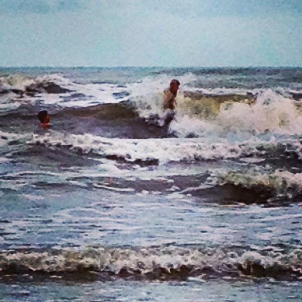 Wonderful welcoming waves!
