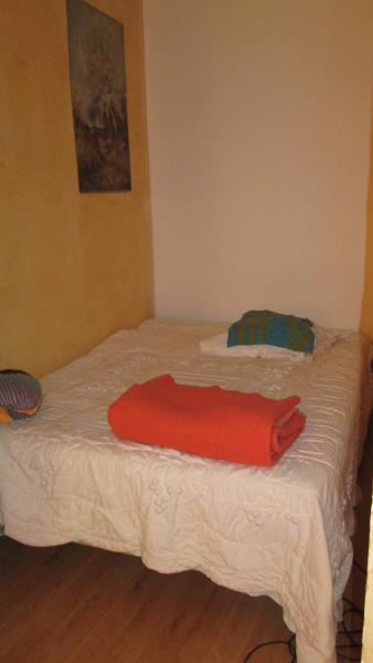 appartement dns maison de ville, holiday rental in Lunel