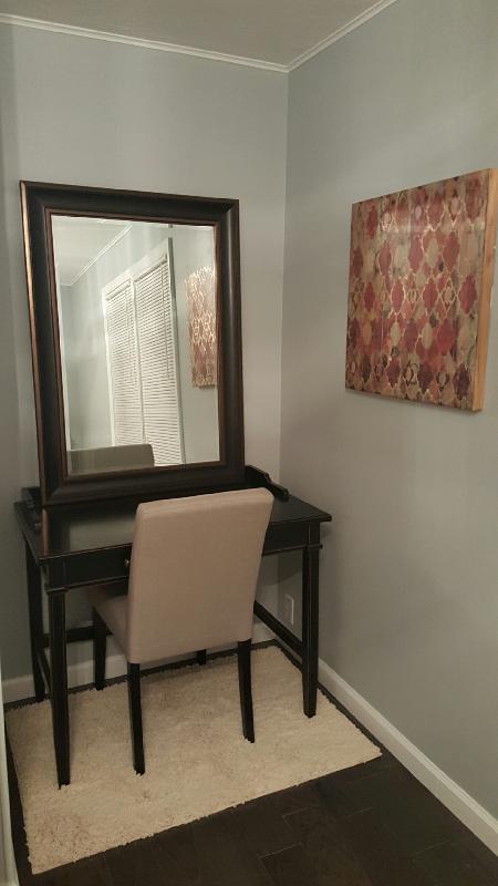 desk/makeup area in master bedroom