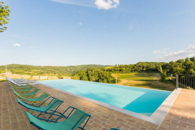 Borgo Colognola - Balcone, holiday rental in Mantignana di Corciano