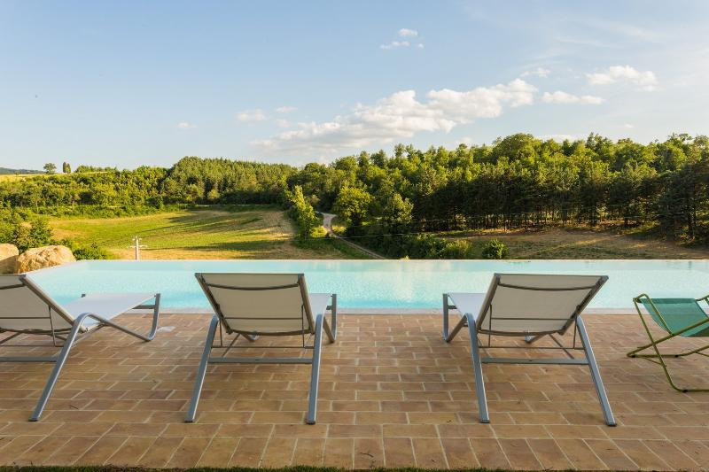 Apartment in ancient castle in Perugia - Corte, holiday rental in Colle Umberto I