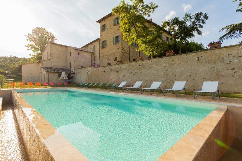 Borgo Colognola - Dimora Storica, Ferienwohnung in Perugia