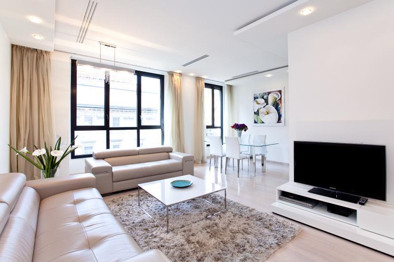 HomeinMilano - Luxury apartment in center, Ferienwohnung in Mailand