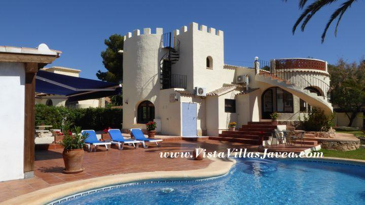 Enjoy this beautiful villa with private swimming pool