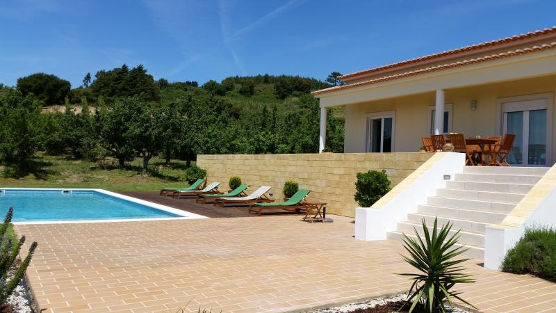 Peaceful with pool and great view, holiday rental in Carvalhal