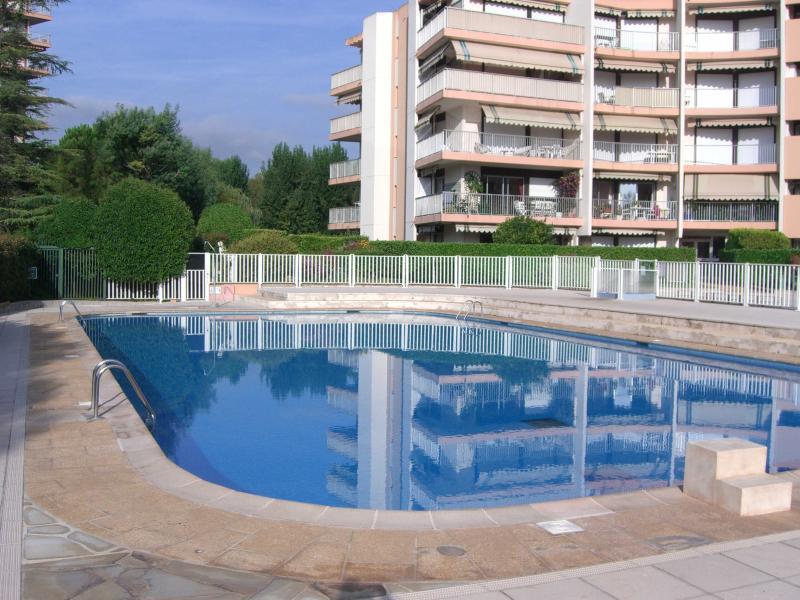 Cote d'Azur: Superb 4-star 2-room ground floor apmt, holiday rental in La Napoule