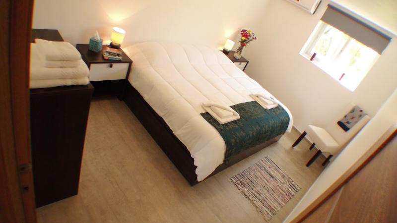 Bedroom with king size bed or two singles