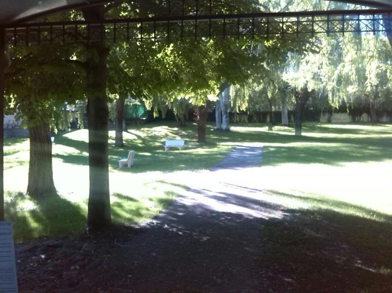 Zona verde piscinas