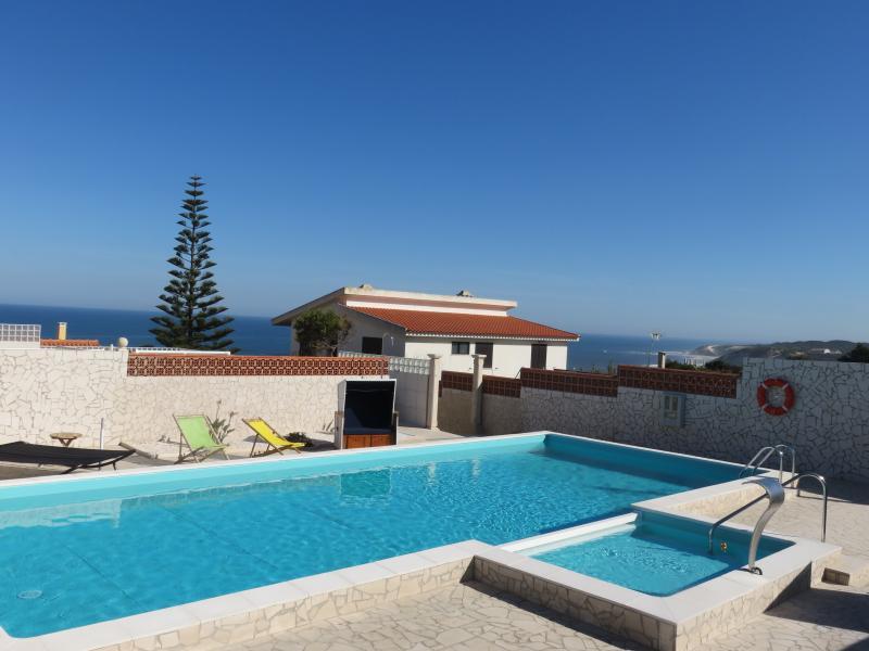 Casa da Mina, Studio Blauer Salon, holiday rental in Pedra do Ouro