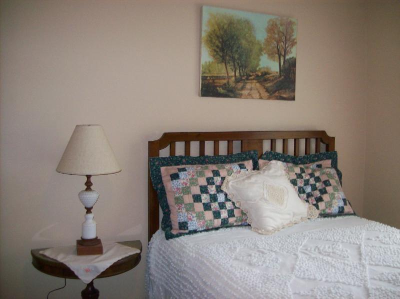 Full Size bedroom vintage decorations