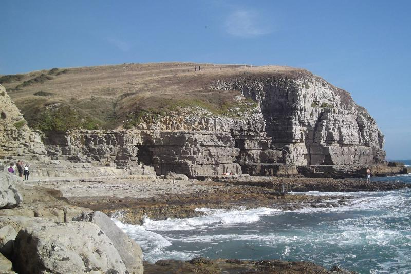 Dancing Ledge on the Heritage cost and only 20 minutes walk away across the fields.