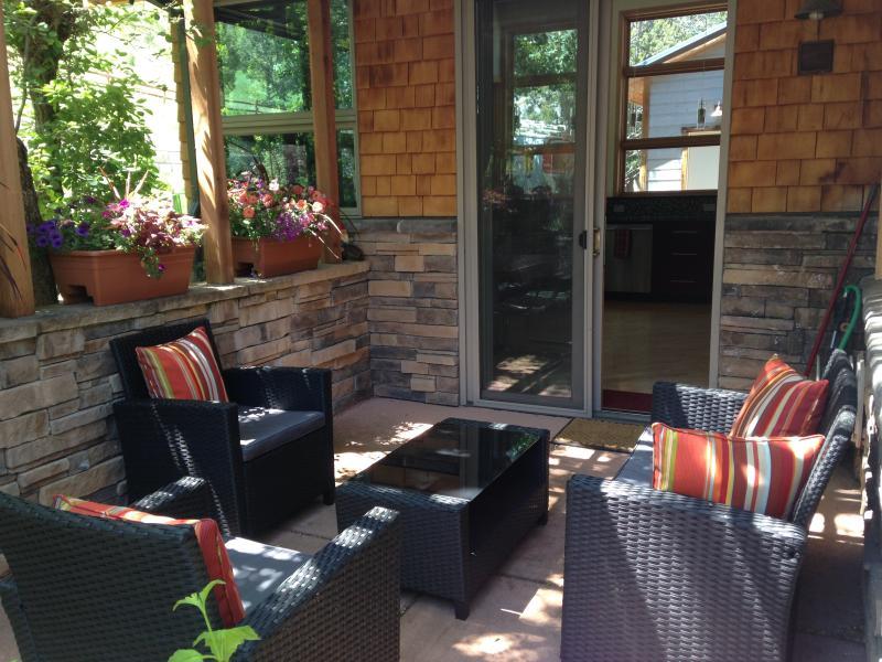 Kitchen patio