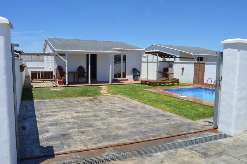 Casa lalimanda 2 con piscina privada provincia de c diz for Casas con piscina privada en cadiz