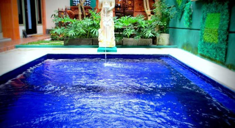 Within easy to Kuta and Denpasar, holiday rental in Pemecutan Klod