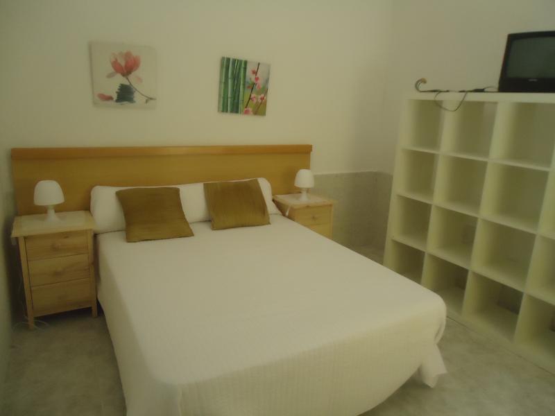 bed bedroom 1'35 mt