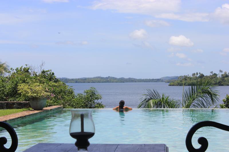 Lakeview Villa, Koggala Lake, Galle, holiday rental in Ahangama