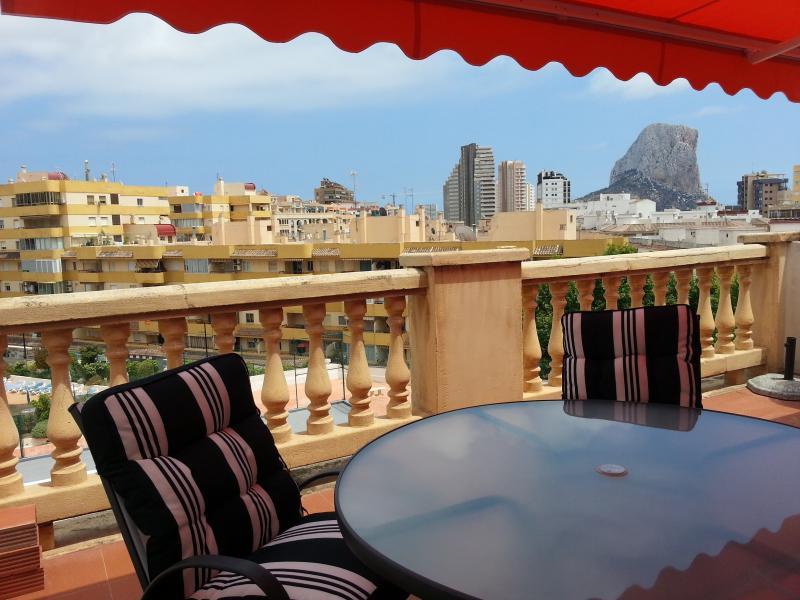 Apartamento con amplia terraza, playa a 150 m - mucahome1, location de vacances à Calpe