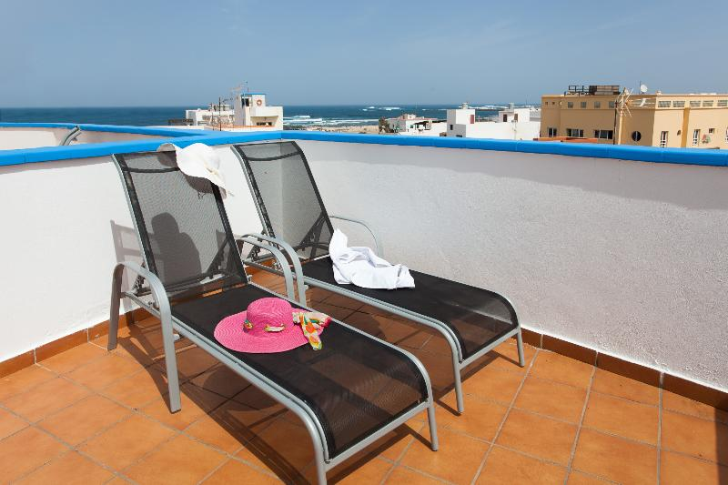 PRIVATE TERRACE WITH SUN BEDS