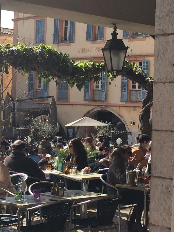 Autumn sunshine in the Place des Arcades, Valbonne