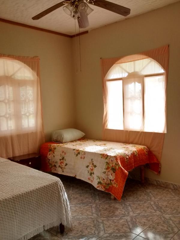Básica Suite 1 cama y 1 cama Twin