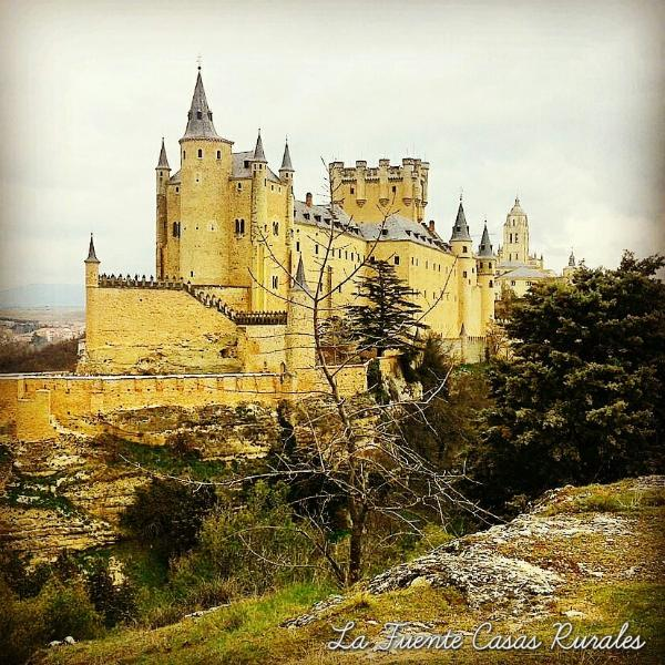 ALCAZAR AND CATHEDRAL OF SEGOVIA 27 KM OF HORSE