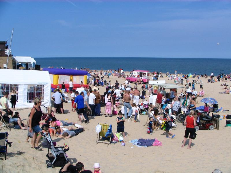 Popular Hemsby Beach, idael for families, close to Sunset holiday Chalets