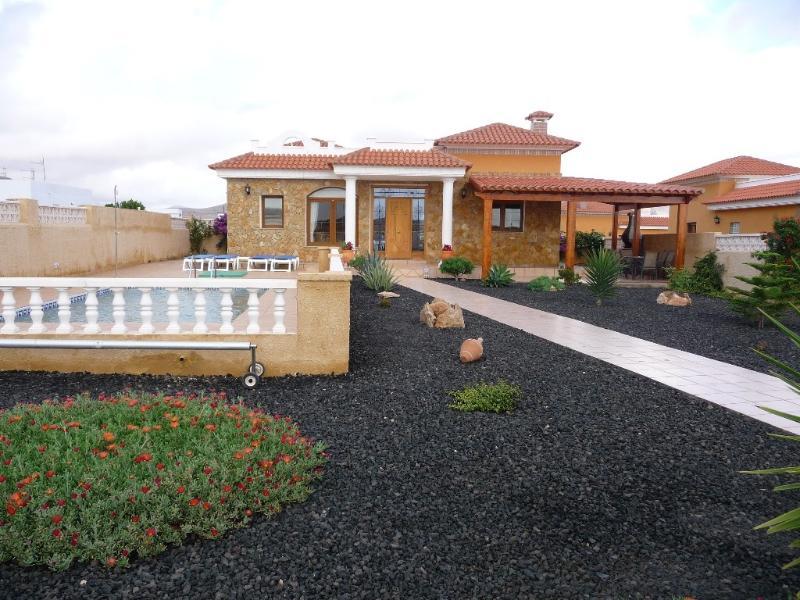 Front of Villa Tessa