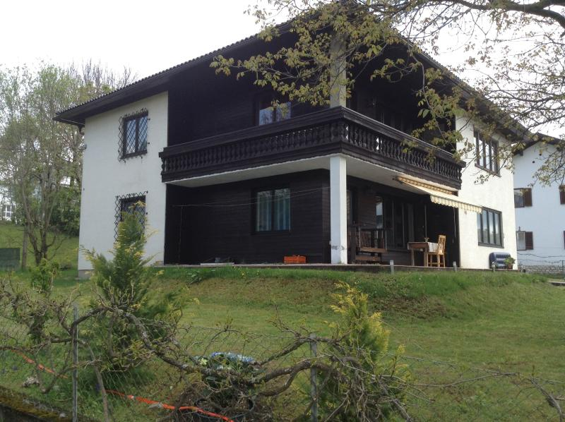appartment in a family house by the lake, holiday rental in Schiefling am See