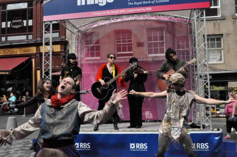 Um evento de Fringe, o Festival de Edimburgo