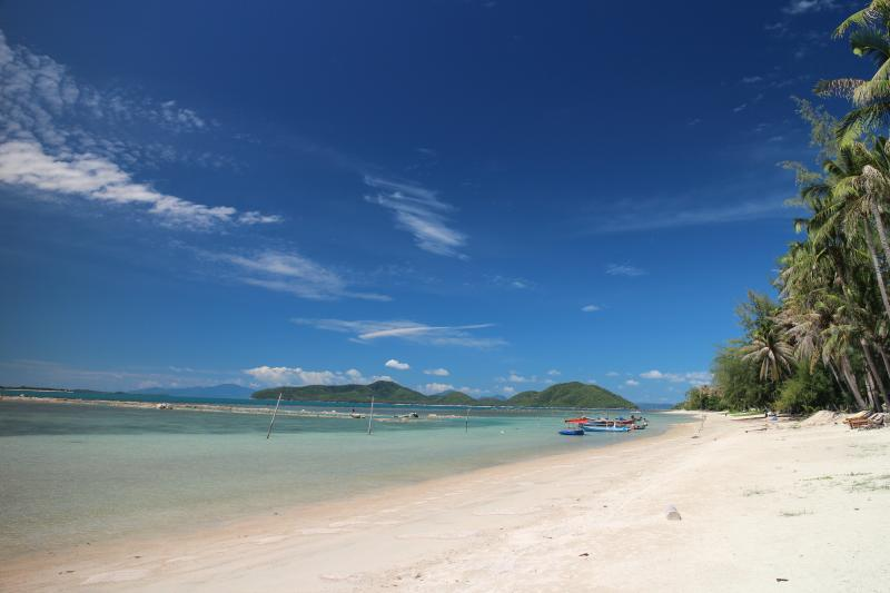 Beautiful secluded beach on your doorstep!